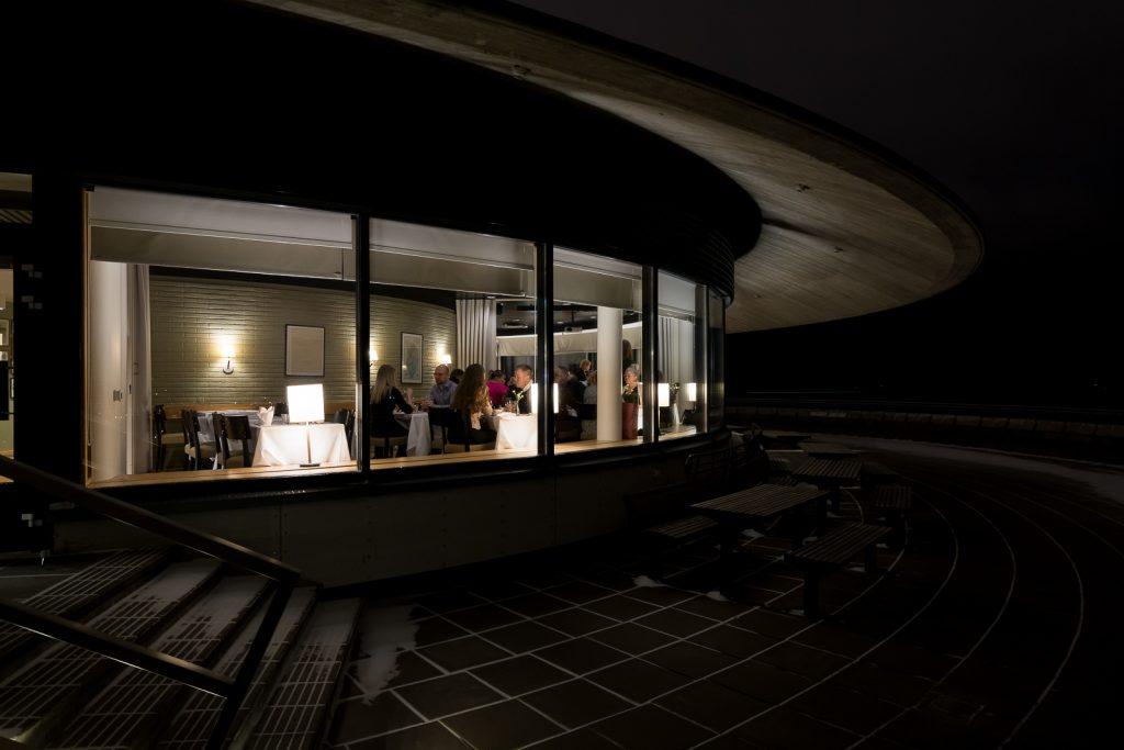 Juhlat Espoon kattojen yllä